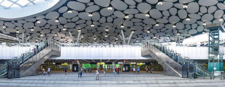 【高雄】車站也可以是IG熱門打卡新景點:捷運紅線R11新高雄車站