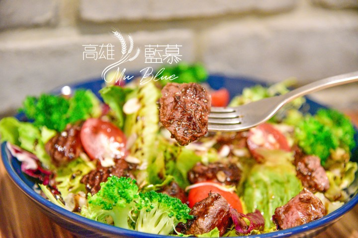 【高雄美食】藍慕Mu Bleu-藍帶級主廚用心烹飪的早午晚餐| 近文化中心巷內低調小餐廳|苓雅區|